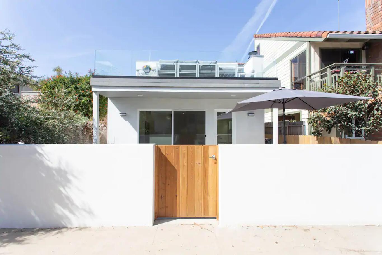 Venince On The Beach House Rental